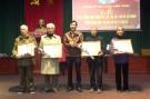 Huyện ủy Lâm Thao trao tặng huy hiệu Đảng tại thị trấn Lâm Thao