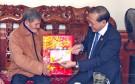 Phó Chủ tịch UBND tỉnh Hoàng Công Thủy thăm, tặng quà tết cho các đối tượng chính sách trên địa bàn huyện Lâm Thao