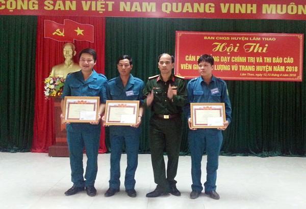 Ban chỉ huy Quân sự huyện Lâm Thao tổ chức Hội thi cán bộ giảng dạy chính trị và báo cáo viên giỏi năm 2018