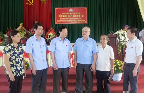 Đoàn biểu HĐND tỉnh Phú Thọ, đại biểu HĐND huyện Lâm Thao tiếp xúc với cử tri